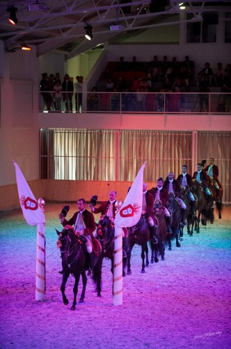 The carousel is performed by eight riders Picture © Melis Yalvac