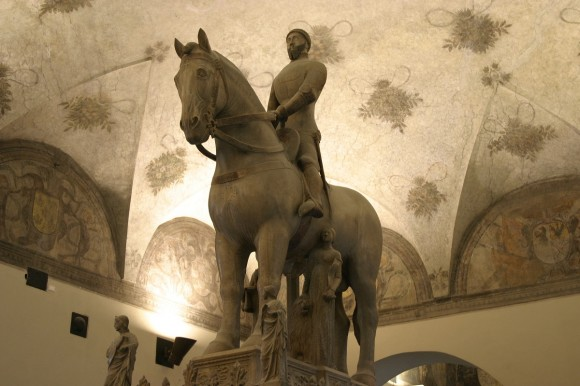 We find the same seat of the rider in the equestrian tomb of Bernabò Visconti (1363) Museum of Ancient Art of the Sforzesco Castle Milan - Italy